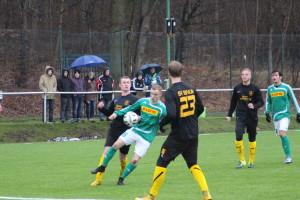 Harsums SC-Innenverteidiger Dennis Engelberg (Nr.6) stand gegen Einum sicher.